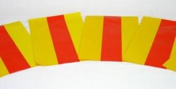 Papierfahnenkette