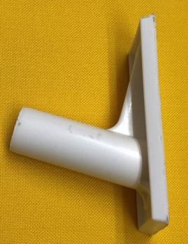 Kunststoffhalter 75 Grad für PVC Rohr