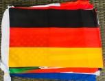 Internationale Fahnenkette